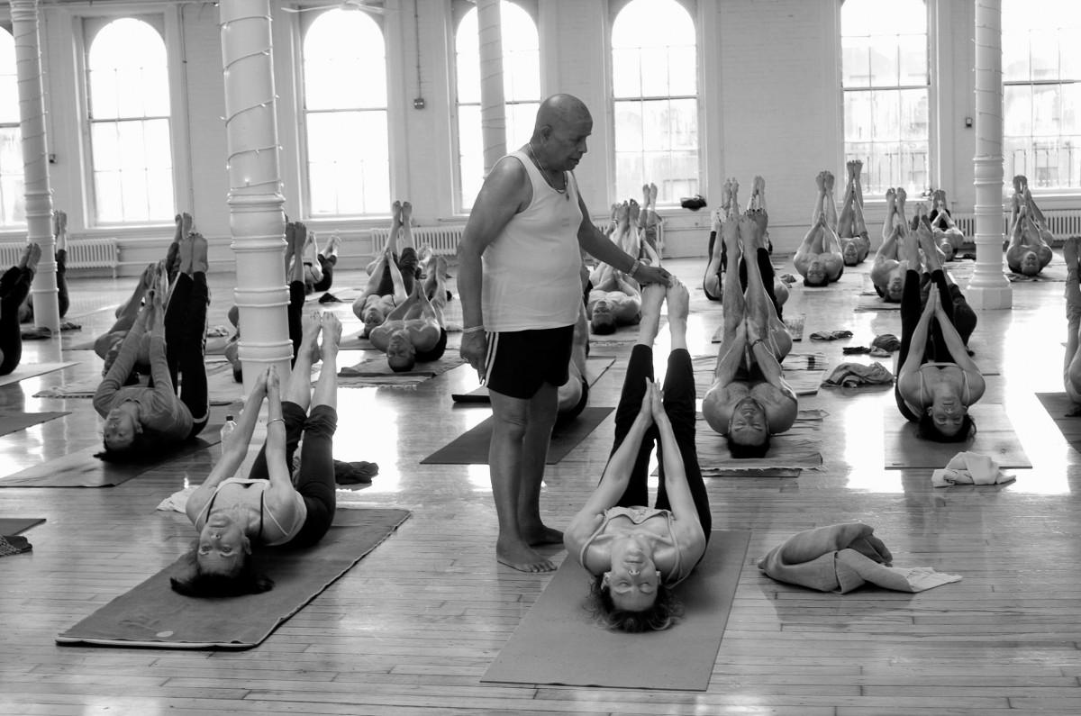 Ashtanga Vinyasa Yoga Montreux   Ashtanga Vinyasa Yoga Vevey   Ashtanga Vinyasa Yoga Lausanne